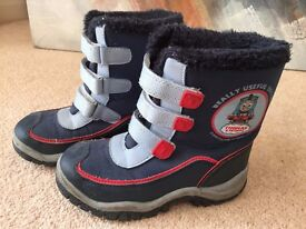Thomas the Tank Engine snow boots Kids Size 9