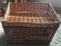 **Immaculate Condition Wicker Bed**