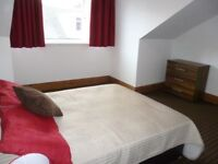 Armley: Fantastic rooms all bills included