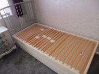 Dunlopillo sprung timber single divan bed base