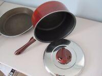 3 oddment cooking Pans