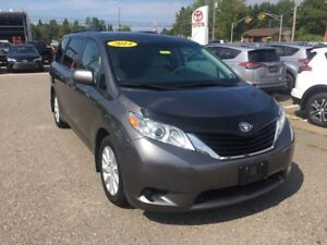 2014 Toyota Sienna LE AWD ONLY $243 BIWEEKLY WITH 0 DOWN!