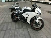 HONDA CBR 1000 RR FIREBLADE 12 WHITE 9500 MILES