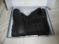 Mens Snow Boots - New in Box - size 10