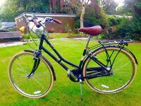 "Pendleton Ashwell Hybrid Bike 17"", like new"