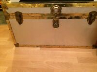 Shipping case chest
