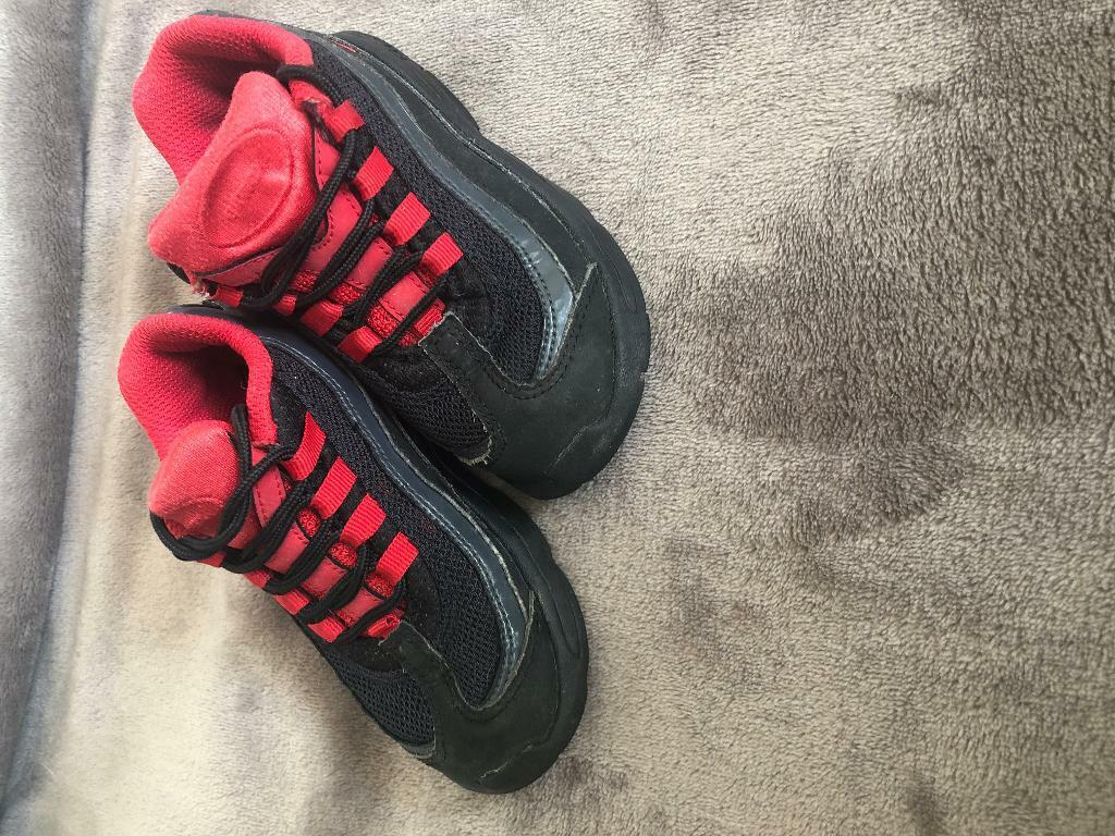 official photos 6ecae fc6e3 Boys infant toddler Nike trainers air max 95 110's   in Plymouth, Devon    Gumtree