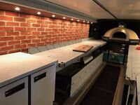 EXPERIENCED PIZZAIOLO REQUIRED FOR A MOBILE PIZZA AND BAR BUS