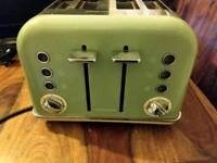 Morphy Richards Green Toaster