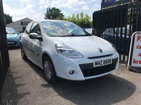 Renault Clio 1.2 Petrol Manual 3 Door Hatchback White 2010 Stunning Low Mileage Car