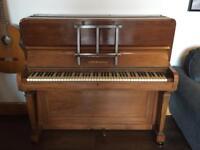 Free piano incl delivery in central bristol