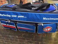 SF 3 Wheel Cricket Kit Bag Brand New (Unused)