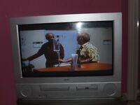 "Bush 28"" True Flat Screen TV with Built-In DVD / VCR Model (BTV663DVDSIL)"