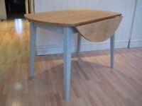 Lovely Solid Oak Round Drop-leaf Kitchen / Dining Table - Frame and legs painted in F&B Eggshell