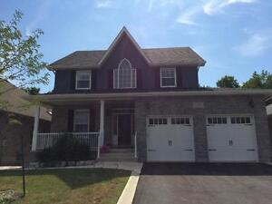 SPECTACULAR EAST END HOME w/ WALKOUT! 539 Fieldstone Dr