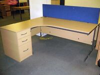 QUALITY Light Oak Radial Cantilever Workstation & Pedestal + Key - Free Delivery & Free Assembling