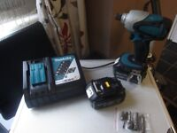 Makita LXT 18 Volt Li-lon cordless impact driver with 2x 3AH Batteries charger and adaptors