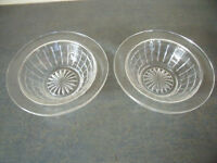 2 identical vintage clear glass bowls/dishes – desserts/sweets/nuts/display.£2.50 ovno both/£1.50 ea