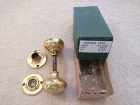 Door handle set, brass colour