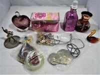 Vintage Costume Jewellery & Dressing Table Items Lot