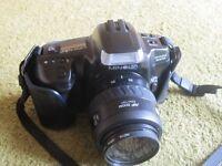 MINOLTA DYNAX 300si Auto Focus 35MM SLR Film Camera