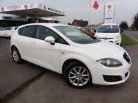 SEAT Leon CR TDI SE COPA DSG (white) 2012