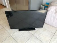 """32"""" full hd smart tv. DIGIHOME. Excellent condition.fully working £120 NO OFFERS. CAN DELIVER"""