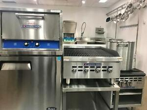 EQUIPEMENT DE CUISINE COMMERCIAL - BAKERS PRIDE - COMMERCIAL KITCHEN EQUIPMENT - SALAMANDER , STONE OVEN , CHARBROILER
