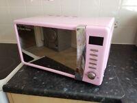 Pink microwave russell hobbs