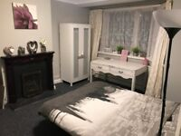 Large Double - Morden - ALL BILLS INCLUDED - £595 PCM AVAILABLE 01/05