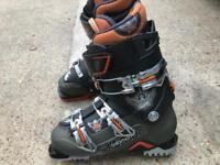ski-boots new