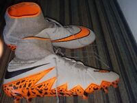 Nearly brand new football boots