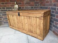 Rustic wooden storage bench seating/casket style chest. Handcrafted/reclaimed wood. Local delivery.