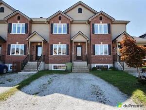 175 000$ - Maison en rangée / de ville à vendre à Rock Forest