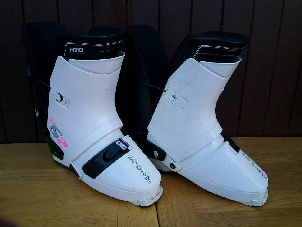 5fa3b3ab5611 Salomon ski boots