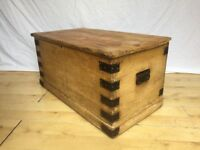 Victorian pine vintage blanket toy box trunk coffee tv table