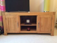 Solid oak tv cabinet, excellent condition, COLLECTION ONLY from LEEDS, LS28