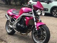 Triumph 955i speed triple