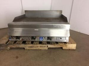 "Garland Electric Commercial Griddle 36"" - Reconditioned - iFoodEquipment.ca"
