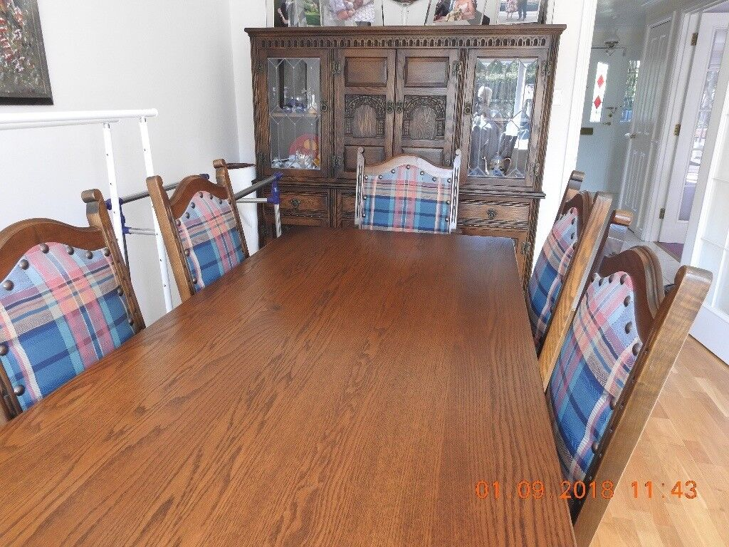 Immaculate Old Charm Dining Room Suite And Dresser