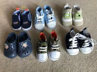 £1. Six pairs age 12-18 month approx.