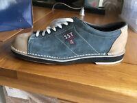 Dexter size 8.5 bowling shoes