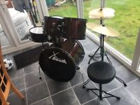 Full Drum Kit - 5 drums, 2 cymbals and seat, excellent condition