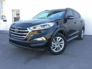 2017 Hyundai Tucson Luxury, AWD, PAN SUNROOF, LEATHER, BACKUP CA