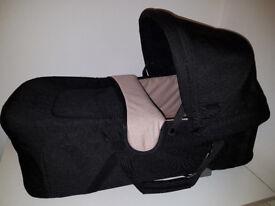 Maclaren Techno XLR Carrycot - Great Condition