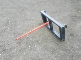 Tractor front loader bale spike with euro 8 brackets