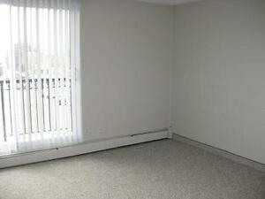 *FEB FREE* 2 Bdrm-Utilities Included in West End Adult Bldg~70 Edmonton Edmonton Area image 5