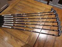 GOLF CLUBS Titleist AP2 - 712 irons. 4 - P.W, Project X stiff shaft 6.0 Precision