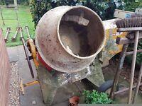 Cement / concrete mixer - electric
