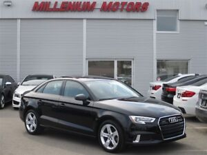 2017 Audi A3 2.0T KOMFORT S TRONIC / LEATHER / PANO ROOF/ AWD